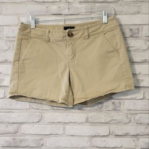 American Eagle Midi Stretch Khaki Shorts
